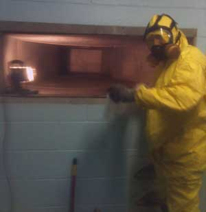 Mold professional cleaning duct.